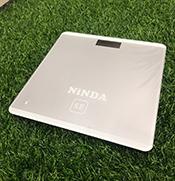 Cân sức khoẻ điện tử NiNDA